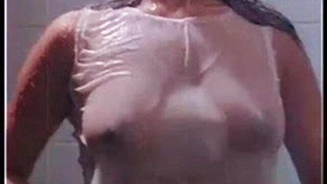 गर्म समलैंगिक अश्लील त्रिगुट एक्स एक्स एक्स ब्लू फिल्म बीपी