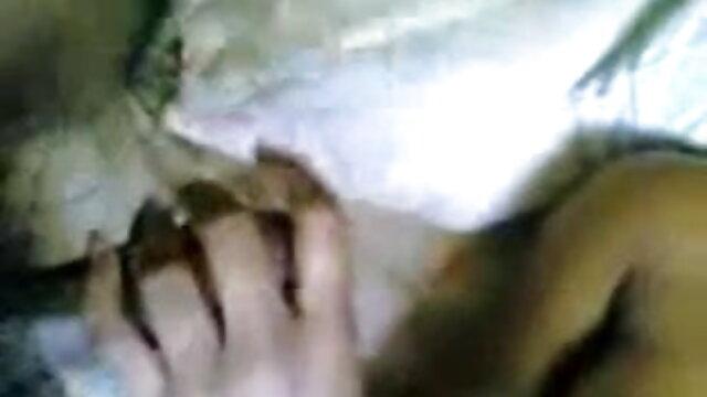 कामुक एमआईएलए बेब बीपी ब्लू फिल्म सेक्सी