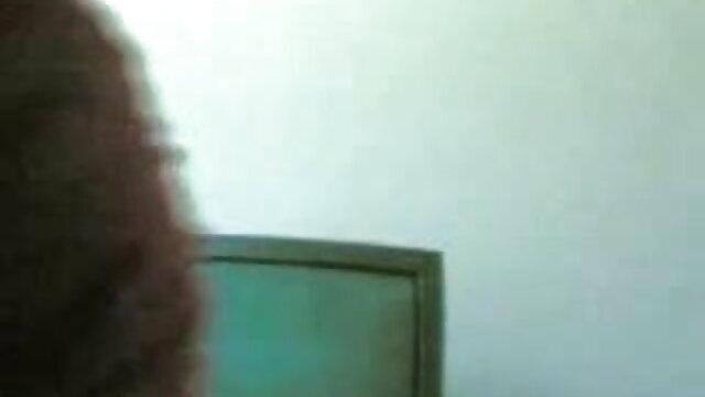 अपने मुर्गा एक्स एक्स एक्स बीपी फिल्म चूसने और घुसा कुत्ता शैली हो रही है