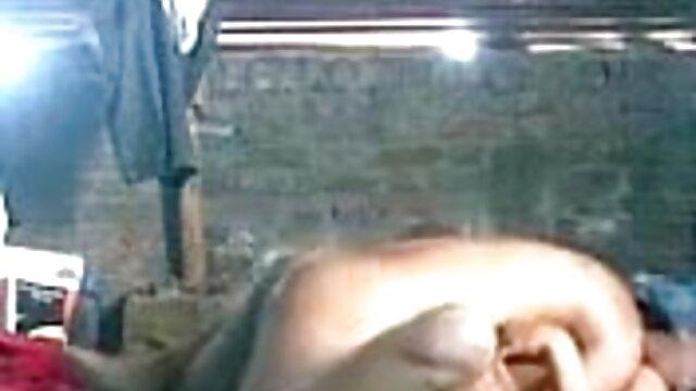 लैटिन समलैंगिक मैथियास और सीजर Barebacking सेक्सी बीपी फिल्म अंग्रेजी