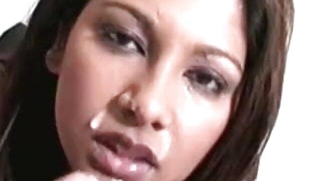 सहयोगी बीपी सेक्सी वीडियो ब्लू फिल्म एक कामुक देता है