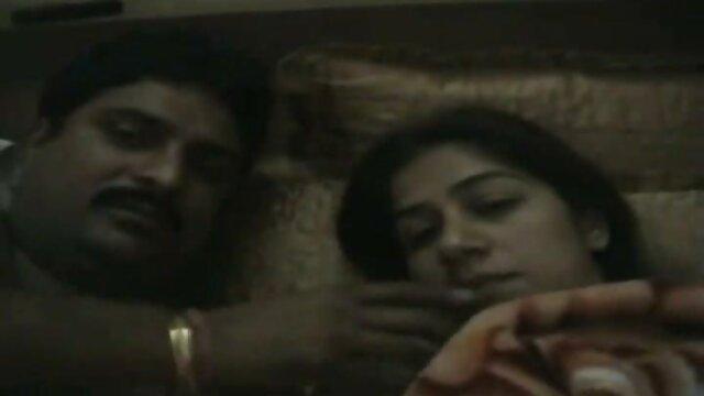 4. प्राग पिक और नकदी के लिए सेक्सी बीपी फिल्म भावुक सेक्स