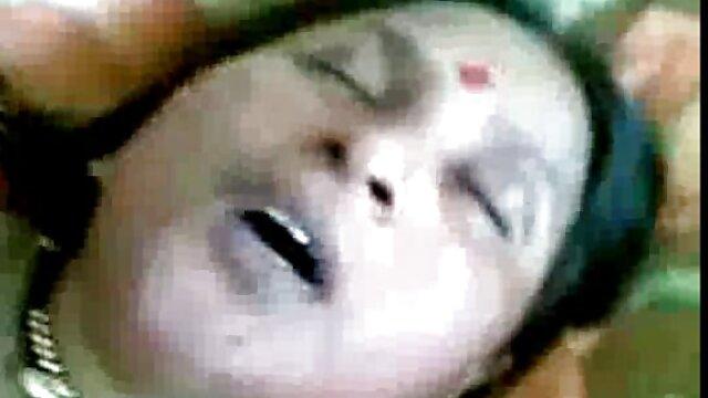 अश्लील चिपचिपा शहद बीपी सेक्सी हिंदी मूवी फोरप्ले टिफ़नी डावसन के साथ कमबख्त बड़ा डिक की ओर जाता है
