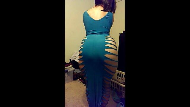 बड़े स्तन Stunner Flaunts एक्स एक्स एक्स बीपी फिल्म उसे भूख लगी छीन