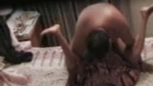 एक बीपी सेक्सी हिंदी फिल्म छड़ी पर गोरा और श्यामला