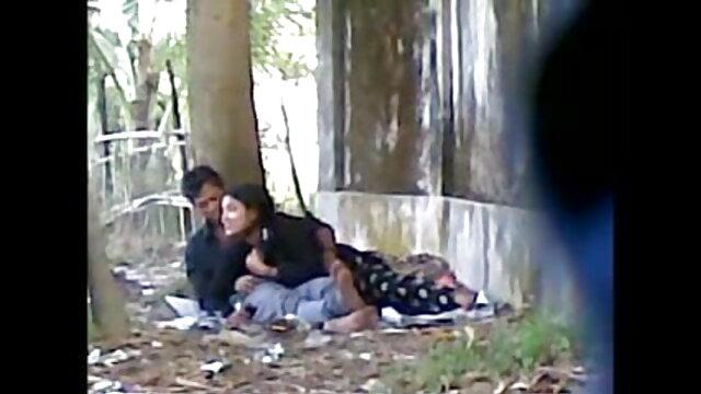 सोलो बेब, मिलन इंग्लिश बीपी सेक्सी फिल्म मई कमिंग, जबकि 4कश्मीर में