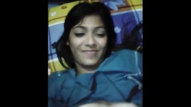18 पटरियों-एरियाना शाइन-बरसात के इंग्लिश बीपी सेक्सी फिल्म दिन पर आकस्मिक किशोर कमबख्त