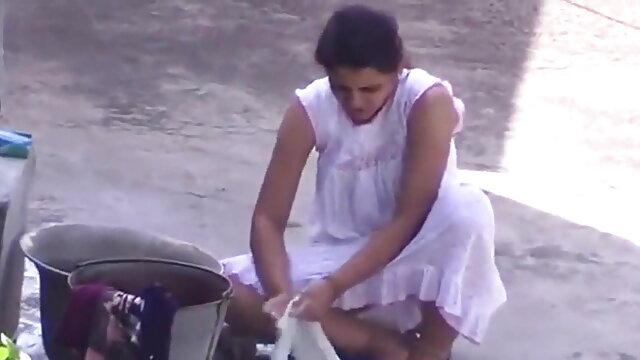 कमबख्त एकल खेलने गुजराती बीपी ब्लू फिल्म पर जीवन कैम