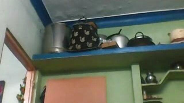 अरब किशोर आयशा (बड़े स्तन) बनाम बिग डिक द्वारा विक्टर ब्लूम हिंदी बीपी सेक्सी मूवी