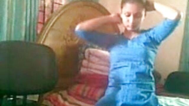 क्लारा लागो-फांसी पर लटका दिया एक्स एक्स एक्स ब्लू फिल्म बीपी