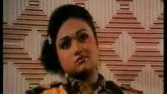 समलैंगिक उसके साथी एक्स एक्स बीपी ब्लू फिल्म एक मालिश और उसे कच्चे