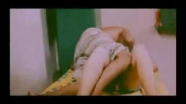 Yanks सेक्सी वीडियो फिल्म बीपी मिल्फ Tirrza थॉम्पसन उसे Hitachi