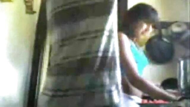 सींग का इंग्लिश बीपी सेक्सी फिल्म बना हुआ पोर्न स्टार एंजेला सफेद द्वारा गड़बड़